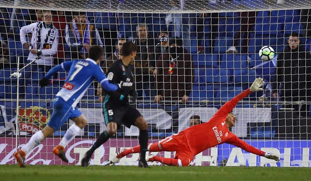 Without Ronaldo and other stars, Madrid bows to Espanyol in La Liga