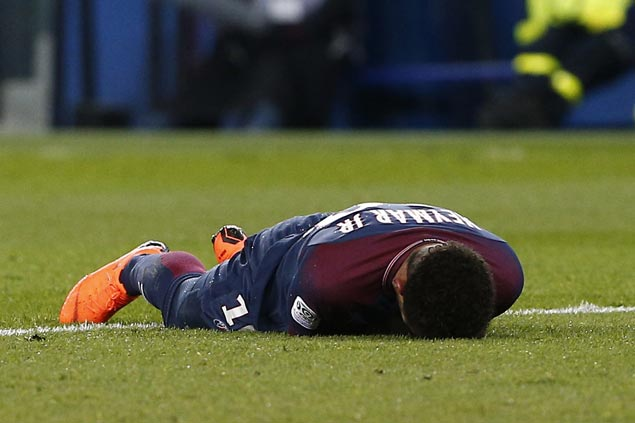 PSG denies reports Neymar will require surgery, hopes star striker can play against Madrid next week