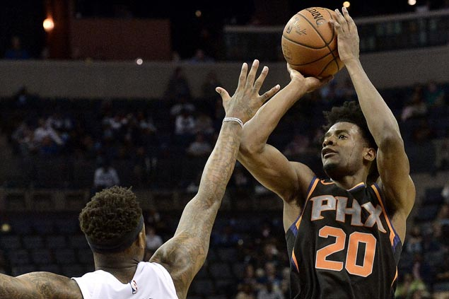 Josh Jackson scores career-best 29 as Suns stop the bleeding and add to Grizzlies' misery