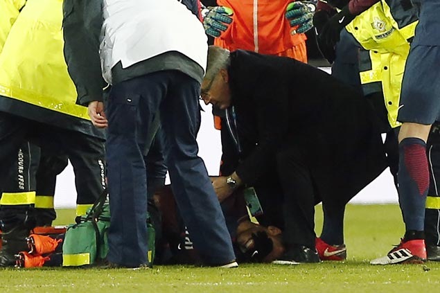 Neymar to undergo foot surgery after all