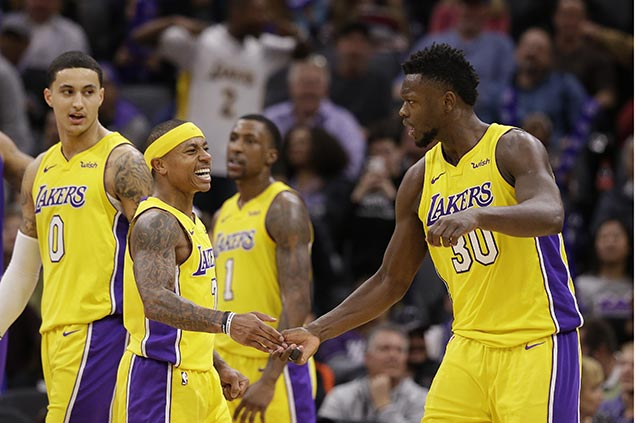 Isaiah Thomas drops season-high 29 to spark Lakers romp over Heat for fourth straight win