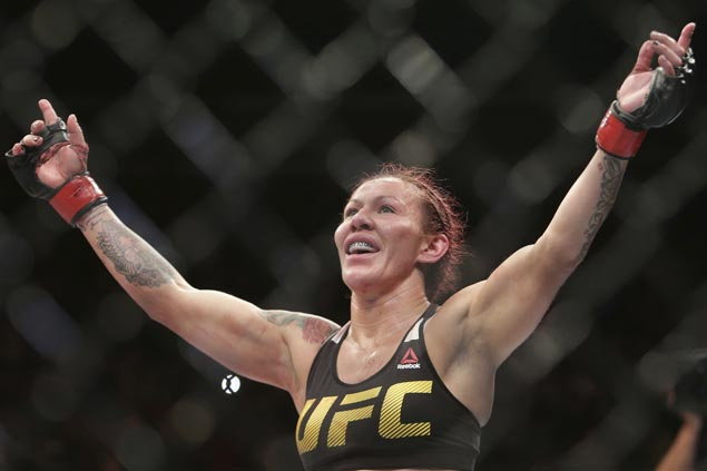Short-notice replacement headliner Cyborg eager to put on a show against unheralded foe at UFC 222