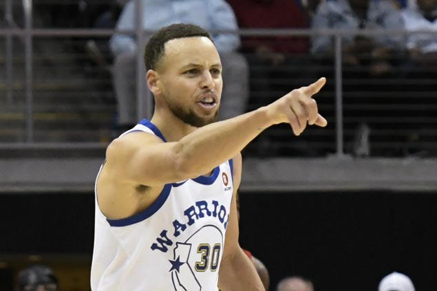 Steph Curry hurts ankle but returns to power Warriors past Hawks