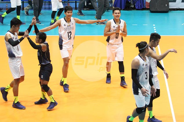 NU Bulldogs hold off UE Warriors to join Ateneo, FEU atop men's volleyball standings