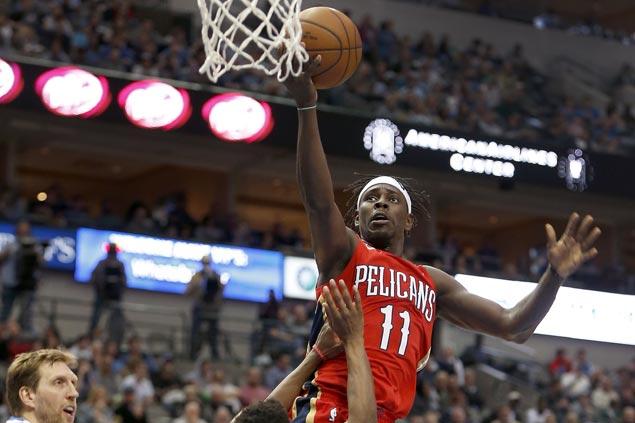 Pelicans stretch win streak to eight, down Mavs and spoil Dirk Nowitzki milestone night
