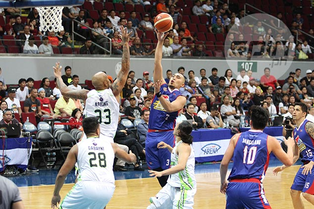Paul Lee proves he's more than just a scorer, hauls down 13 rebounds against Globalport