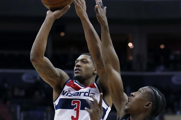 Bradley Beal hits six of Wizards' 14 triples in overtime win over Heat