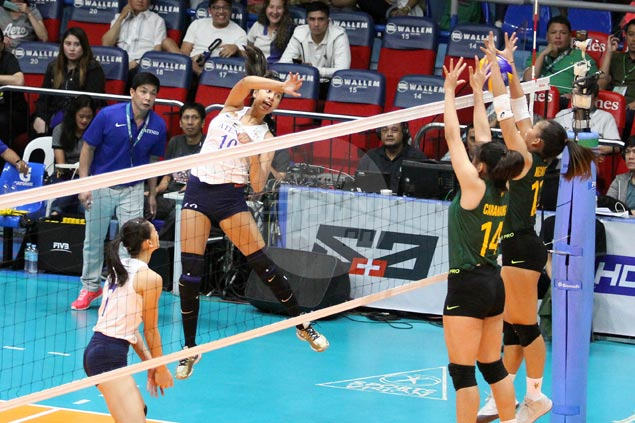 Ateneo bounces back with straight-sets victory, ends FEU Lady Tams' win run at four