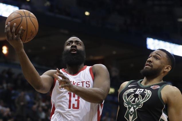 Rockets down Bucks for 17th straight win, passing Celtics mark for longest streak of season
