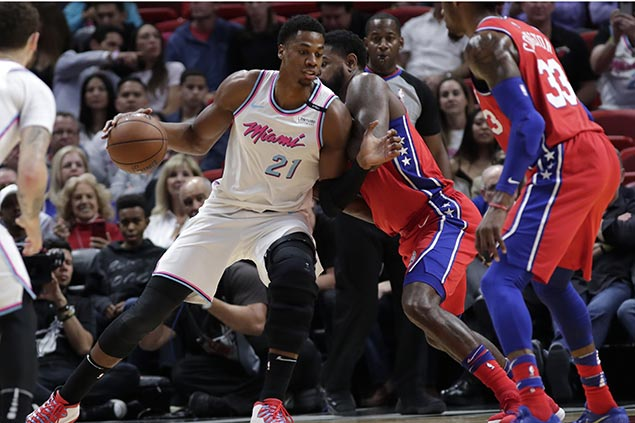 Whiteside, Wade take charge in the fourth as Heat turn back Sixers