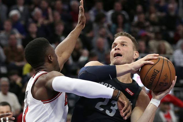 Blake Griffin stars as Pistons end four-game skid with win over Bulls