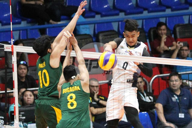 National U overcomes FEU in five sets to regain share of lead with Ateneo