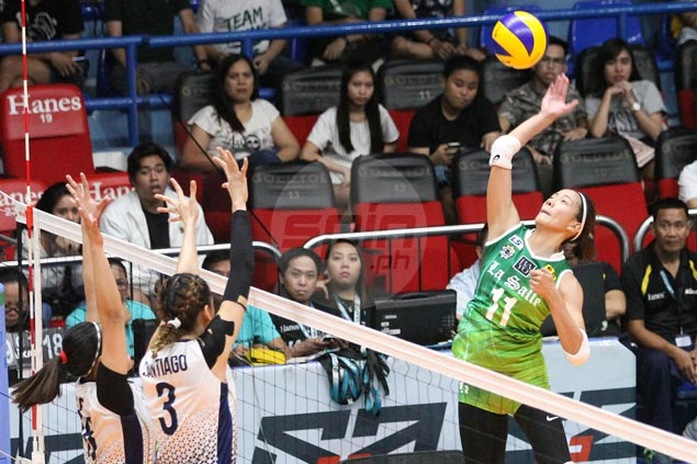 Lady Spikers gain share of lead with straight-sets win over Lady Bulldogs