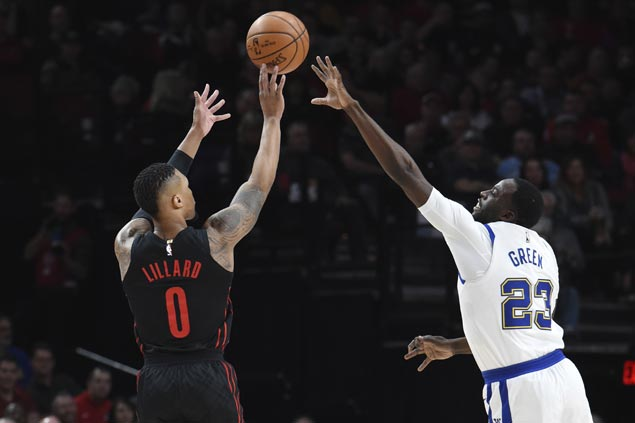 Blazers down Curry-less Warriors, spoil KD's 40-point night