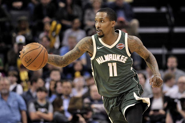 Returning Bucks player Brandon Jennings flirts with triple-double in rout of lowly Grizzlies