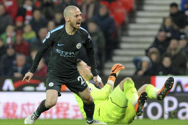 David Silva nets brace as City restores 16-point lead in EPL with win at Stoke