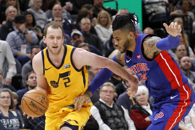 Jazz register 42-point first quarter and complete wire-to-wire win over Pistons