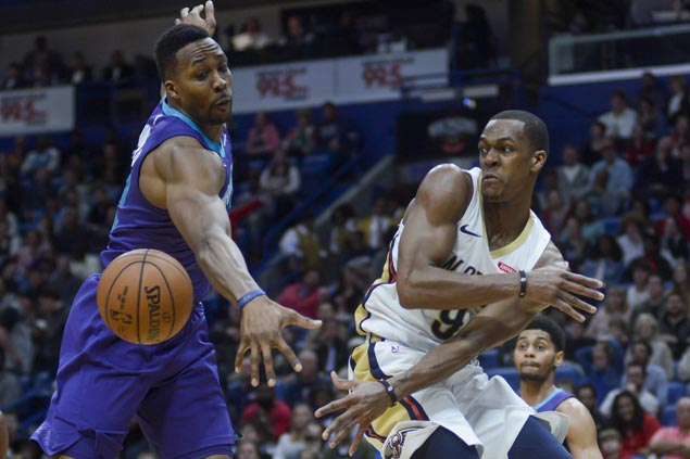 Huge double-doubles by AD, Rondo power Pelicans past skidding Hornets
