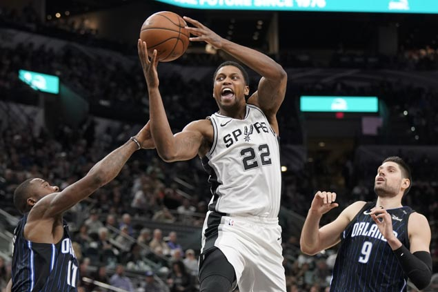 Struggling Spurs get much-needed win, hold Magic to their lowest scoring output of season