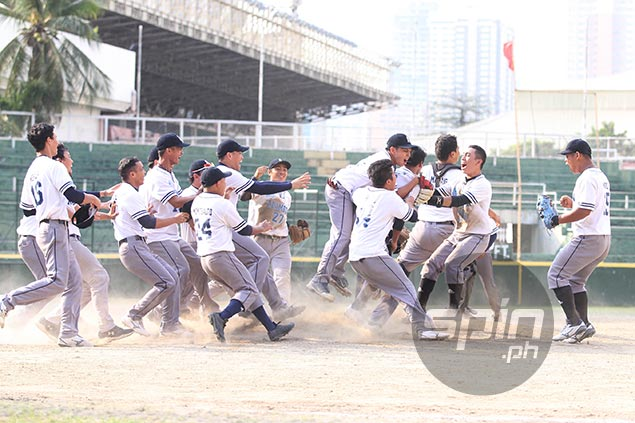 Jerome Yenson sparks comeback as Adamson sweeps La Salle to bag UAAP baseball title