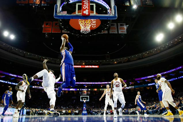 Embiid's 29 points, Simmons triple-double lead Sixers to come-from-behind win vs Knicks
