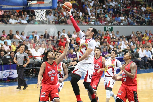 Fajardo tinkering with a 'secret weapon' that mentor Fernandez has long urged him to use