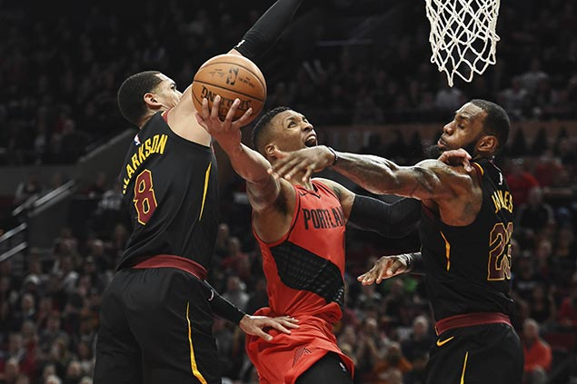 LeBron lauds 'unappreciated' Lillard as shorthanded Cavs fall short vs surging Blazers