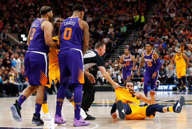 Tempers boil over as Utah Jazz deals frustrated Suns another lopsided loss