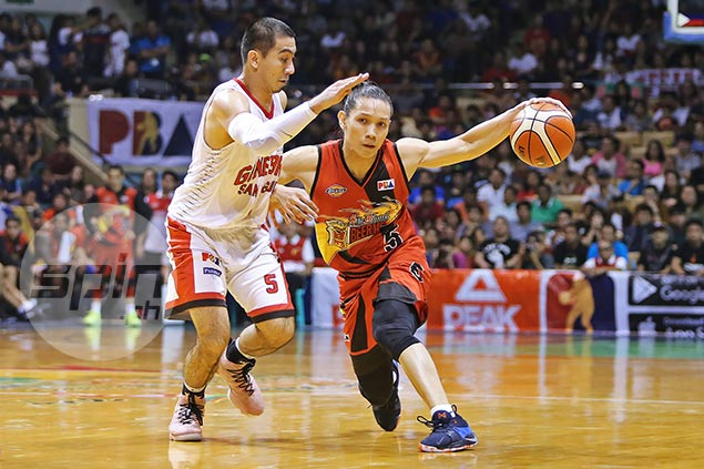 Alex Cabagnot plays hero's role despite being confined in hospital on the eve of Game Five