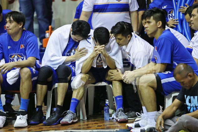 Kevin Alas keeps fingers crossed as knee injury forces him out of action in Game 5