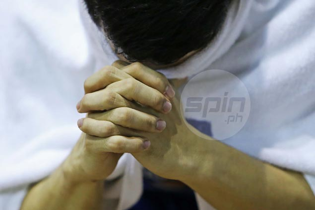 Doc fears long layoff for NLEX rising star Kevin Alas due to suspected ACL tear