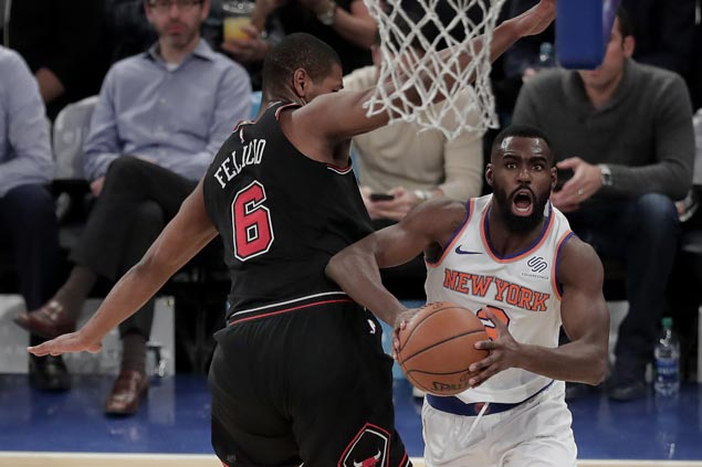 Tim Hardaway, Michael Beasley show way as Knicks rip severely depleted Bulls