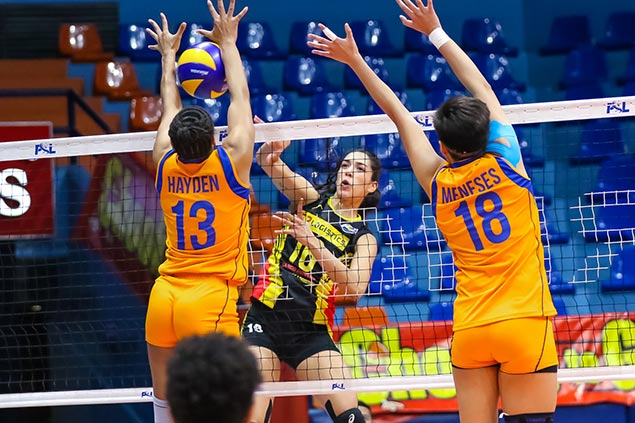 Maria Jose Perez leads way as F2 Logistics makes quick work of lowly Generika-Ayala
