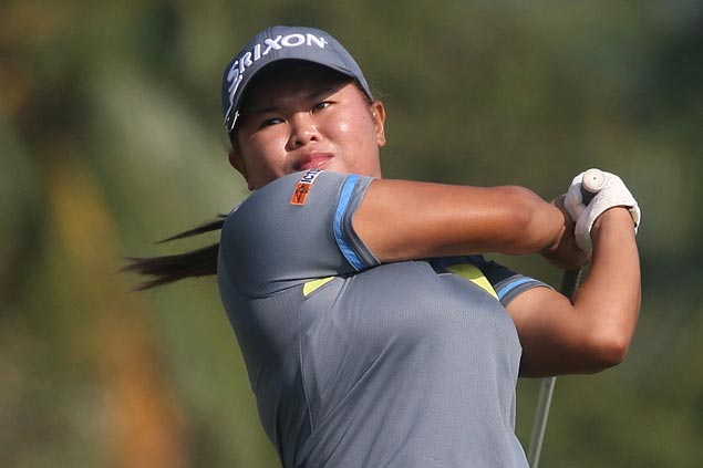 Gretchen Villacencio sets pace at Riviera as Princess Superal stands just a stroke behind
