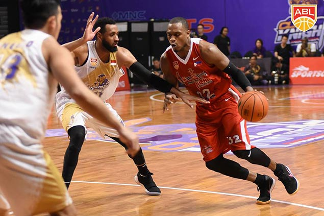 Ginebra taps Shane Edwards as temporary import with Brownlee still playing for Alab
