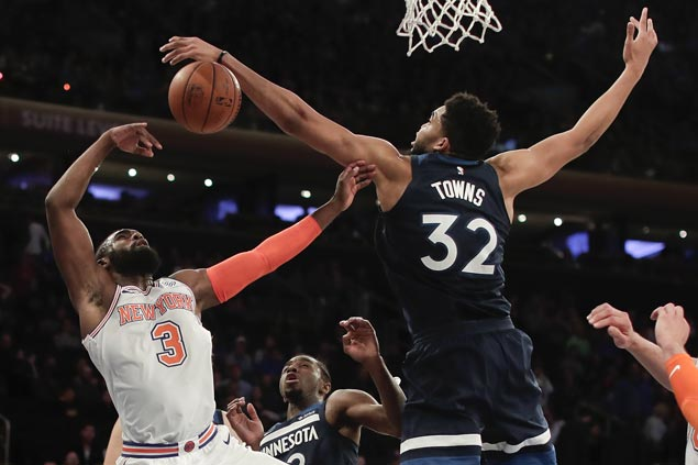 Wolves clinch first winning record in 13 years, beat Knicks and spoil Hardaway's 39-point night