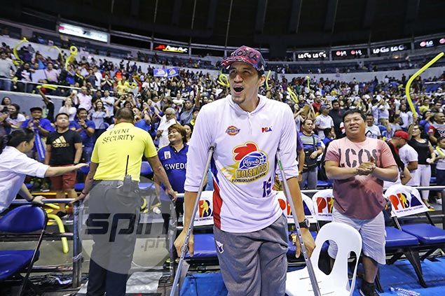 Pain no barrier for injured Pingris in going all out as top Magnolia cheerleader