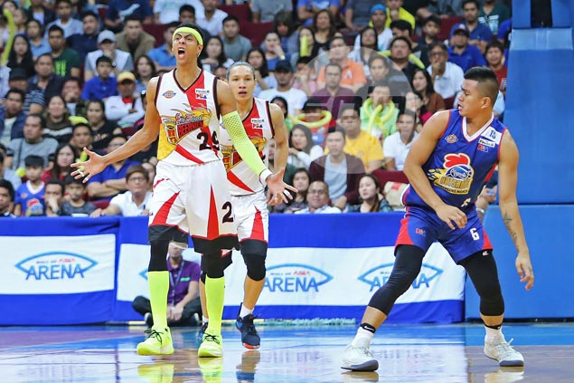SMB bounces back with a vengeance, routs Magnolia to level PBA Finals at 1-1