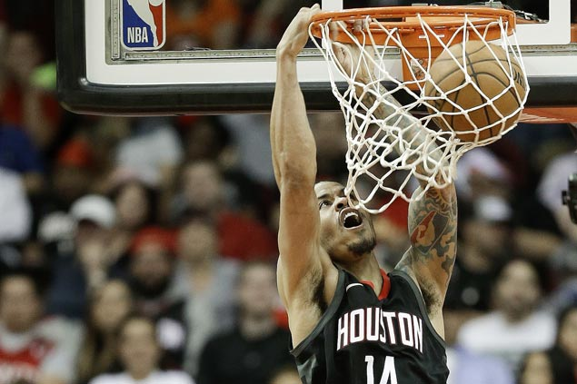 League-leading Rockets reach 60 wins with rout of lowly Hawks