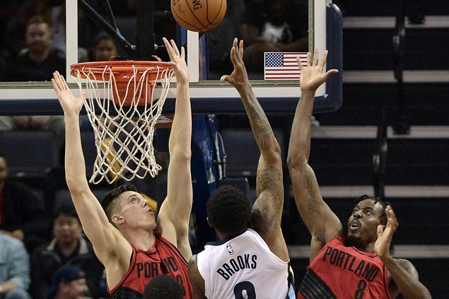 MarShon Brooks solid in Grizzlies debut, sizzles in fourth in big win over Blazers