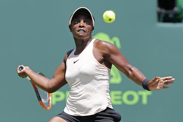 Sloane Stephens bucks poor start to beat Victoria Azarenka and reach Miami Open final