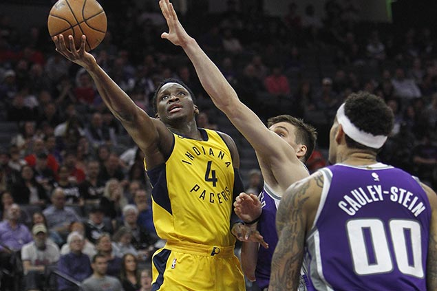 Victor Oladipo takes over in fourth quarter as Pacers hold off Kings