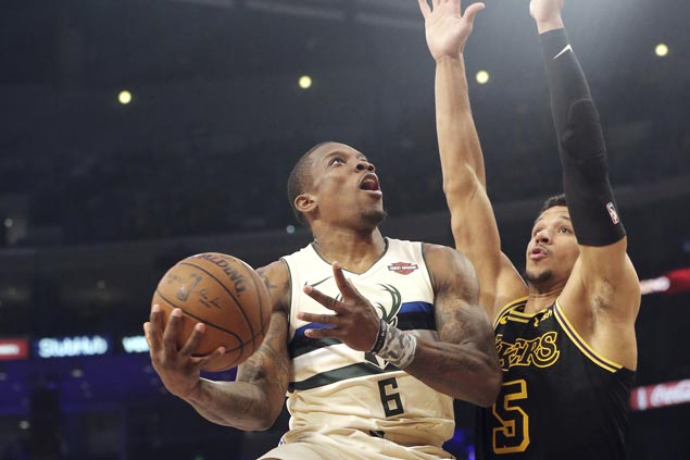 Eric Bledsoe takes charge in overtime, finishes with 39 points as Bucks survive huge Lakers rally