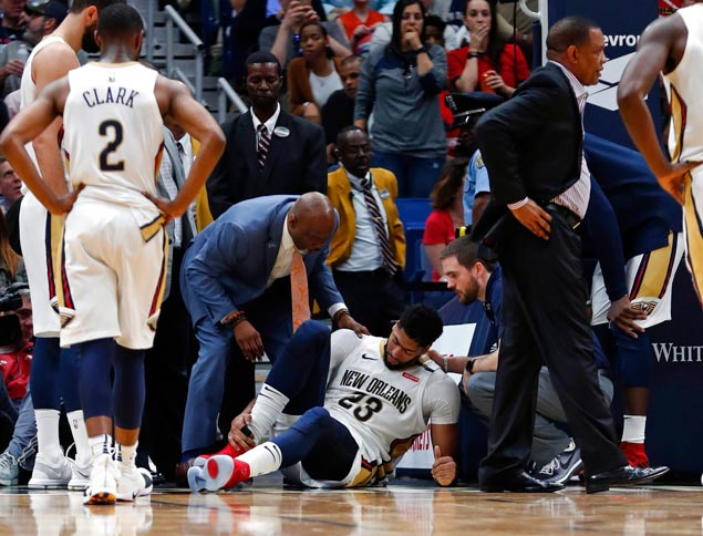 Playoff picture suddenly turns dim for AD, Pelicans after horror three-game slide