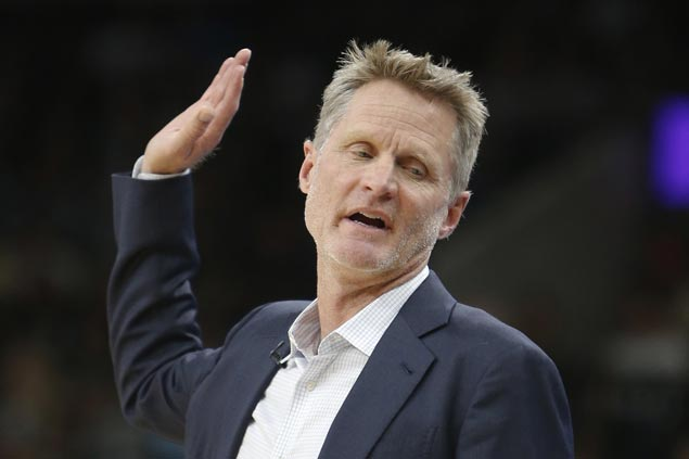 Steve Kerr defends decision to skip rally after pledging support to family of man killed by police