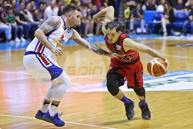 No resurrection for Magnolia on Easter as SMB goes on late salvo to take 2-1 lead
