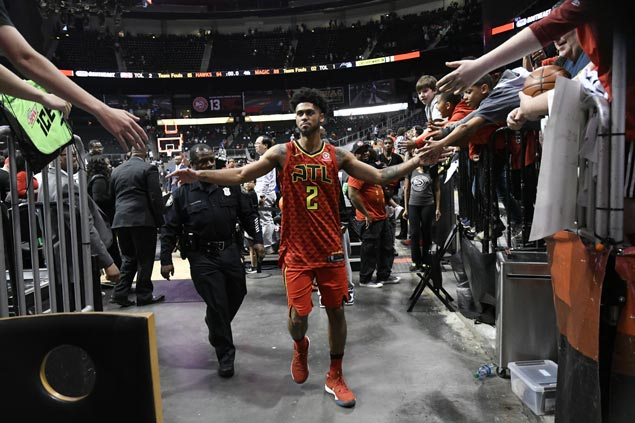 Rookie Tyler Dorsey stars as Hawks hold off Magic in battle of bottom teams