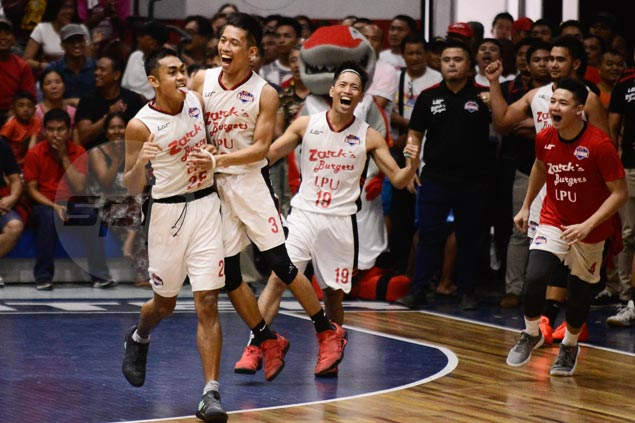 Mer Ayaay hits last-gasp basket in overtime to lift Zarks-Lyceum over Perpetual Help Altas