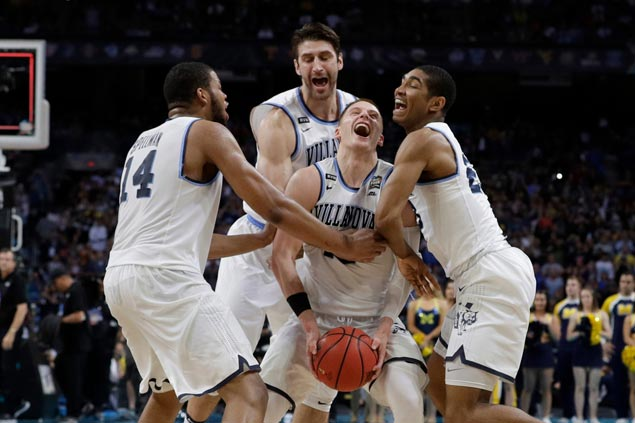 Proving they're not just about threes, Wildcats showcase stingy defense in title clincher