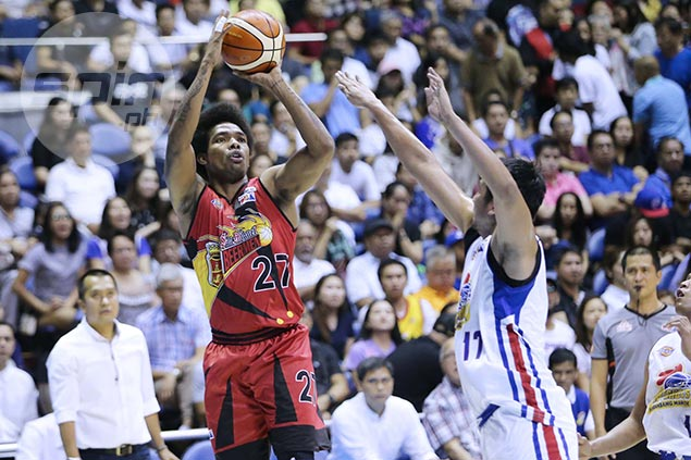 Gabby Espinas only too willing to ditch bald look if long afro continues to bring SMB luck